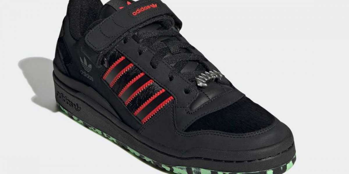 """GW8841 adidas Forum Low """"Dracula"""" will be released in October"""